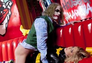 Joker fuck Batgirl