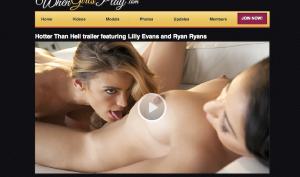 whengirlsplay.com