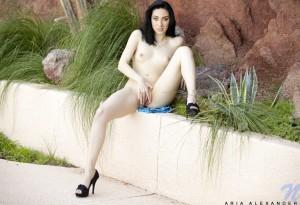 Aria Alexander naked