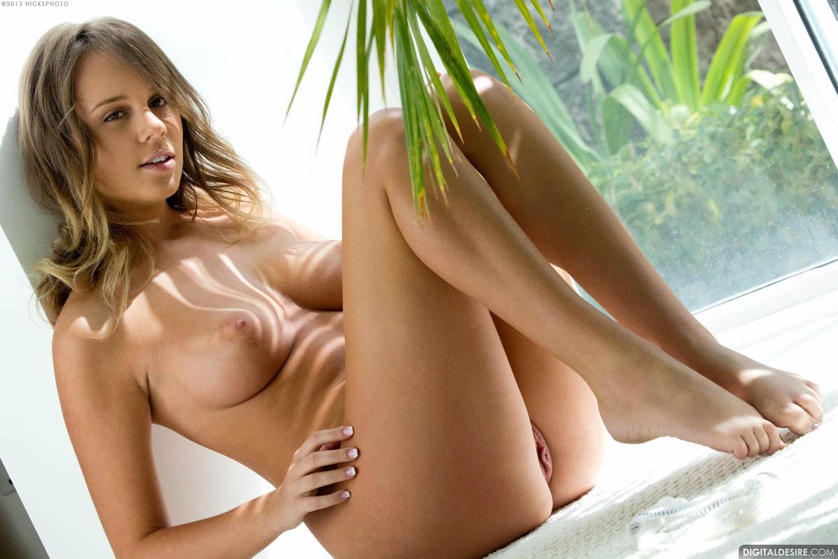 Alexis adams porn