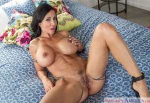 Jewels Jade naughty america