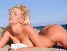 Famous 90s pornstar