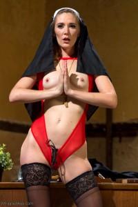Mona Wales