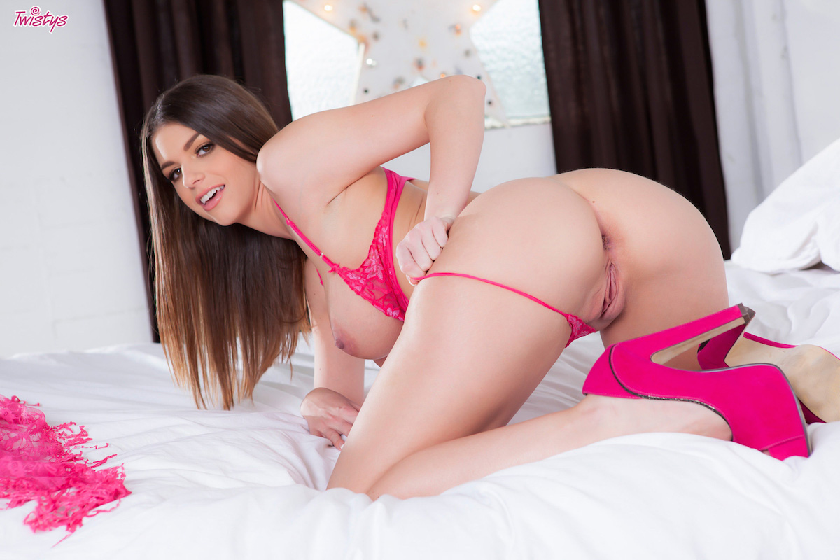 Brooklyn chase clips