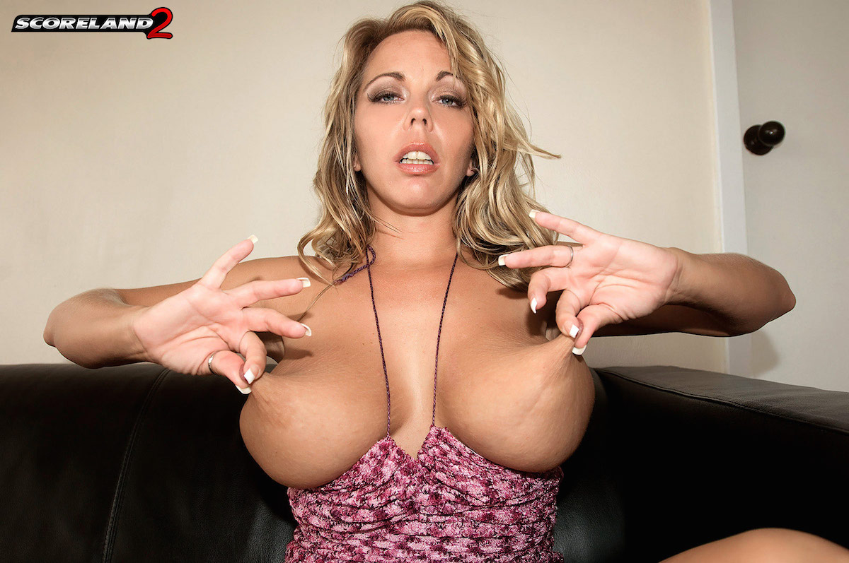 amber lynn bach - bio, life & pics | the lord of porn