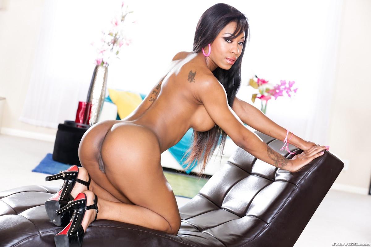 Nadia Jay Porn