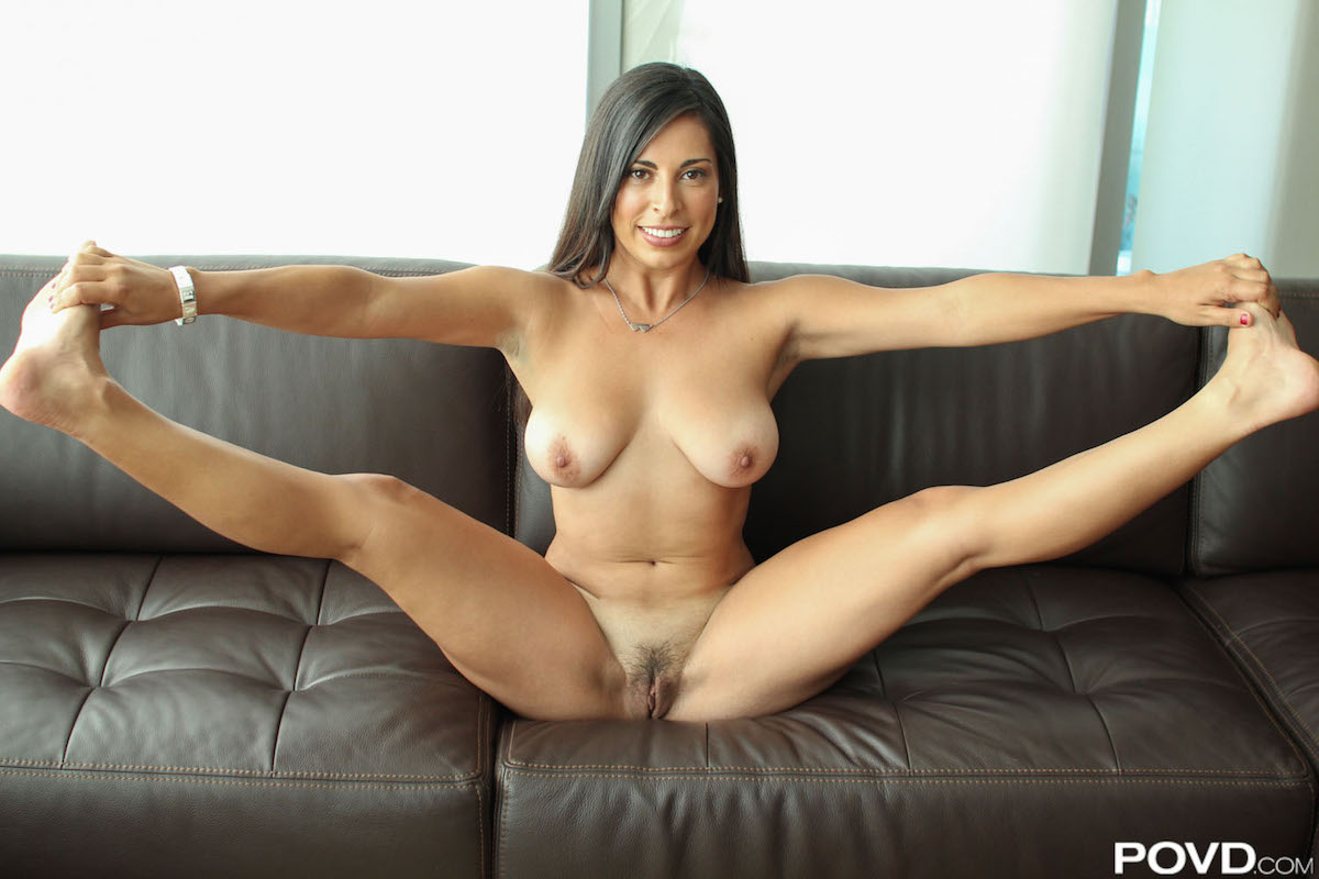 image Latina milf sofia rivera gives an amazing bangbros blowjob