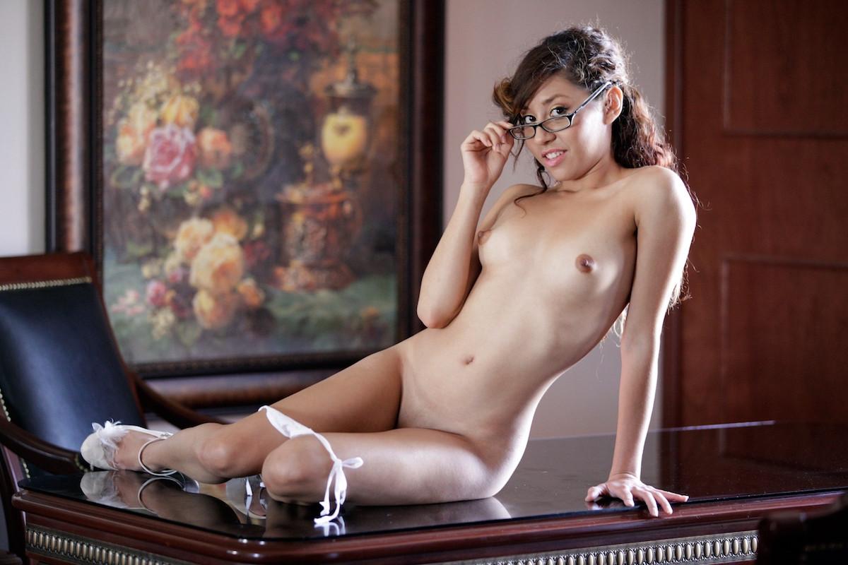 Sofia nix webcam porn