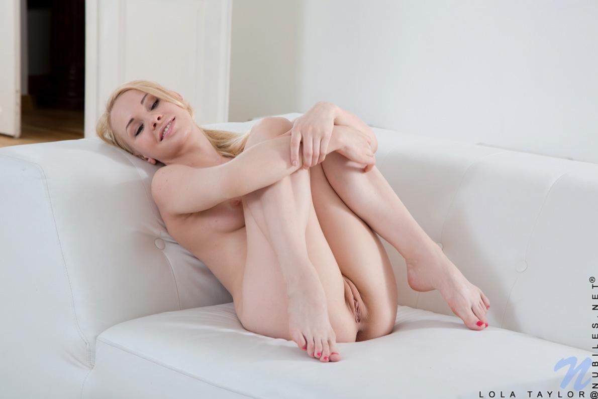 Caroline catz nude