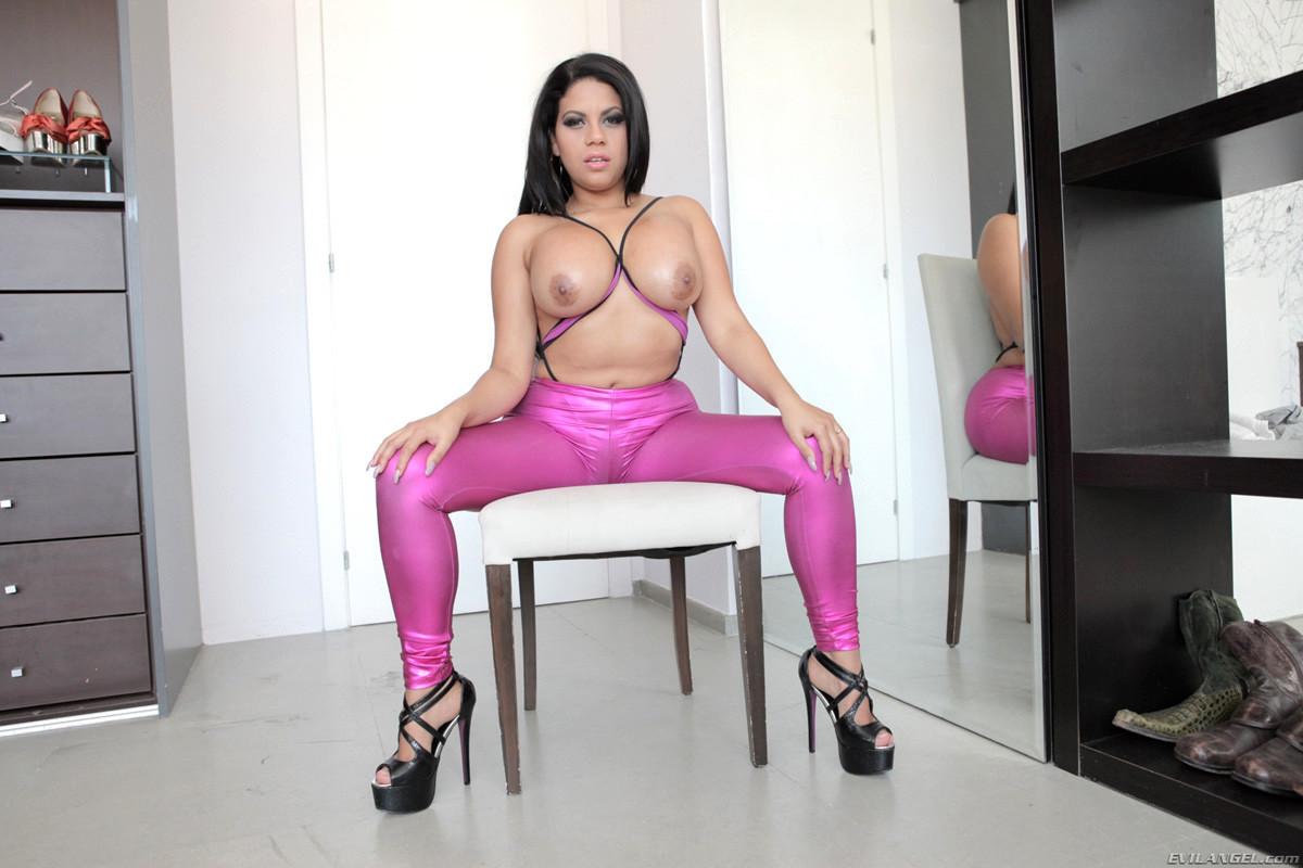 Kesha Ortega Porn