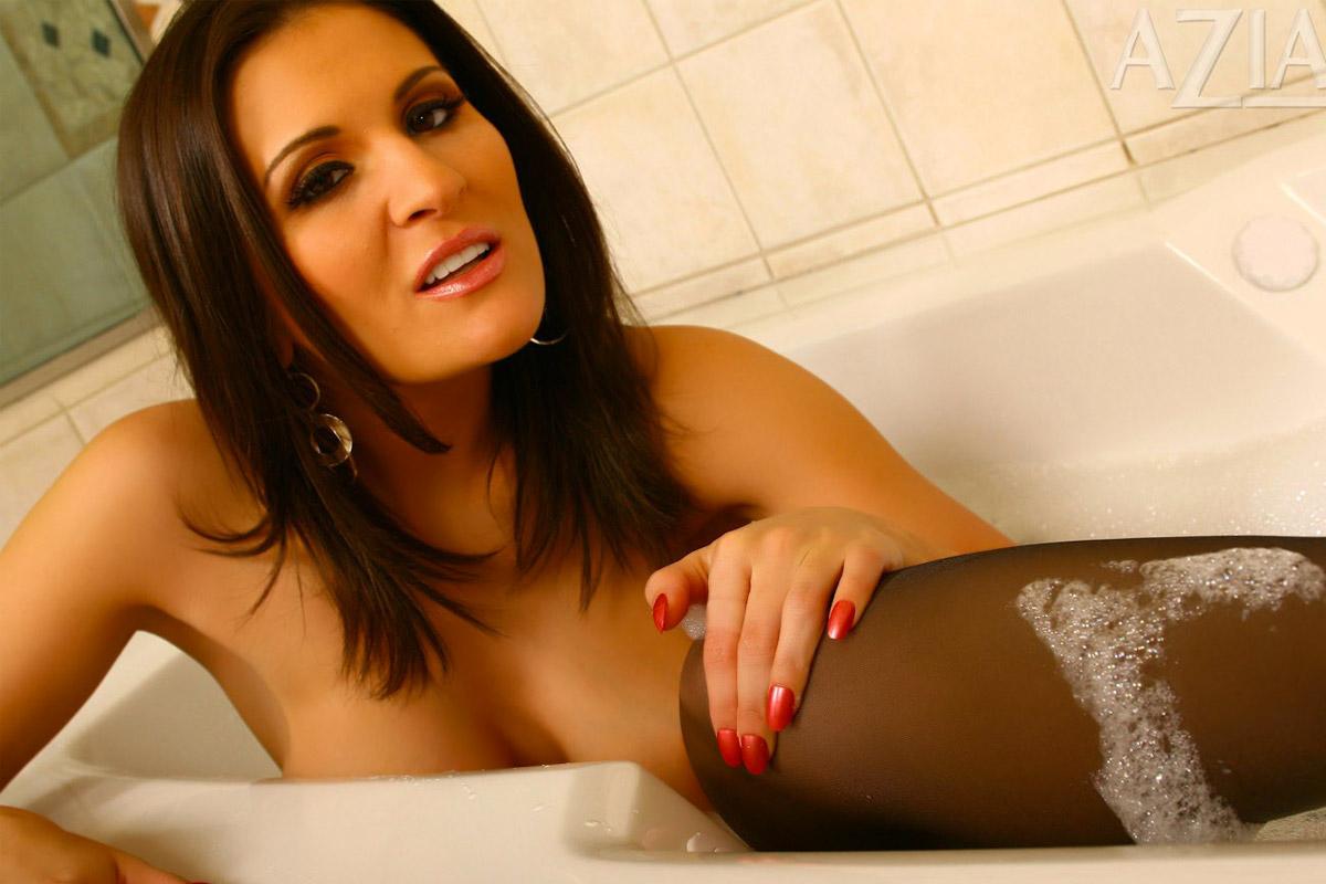 Sexy mature brazilian women