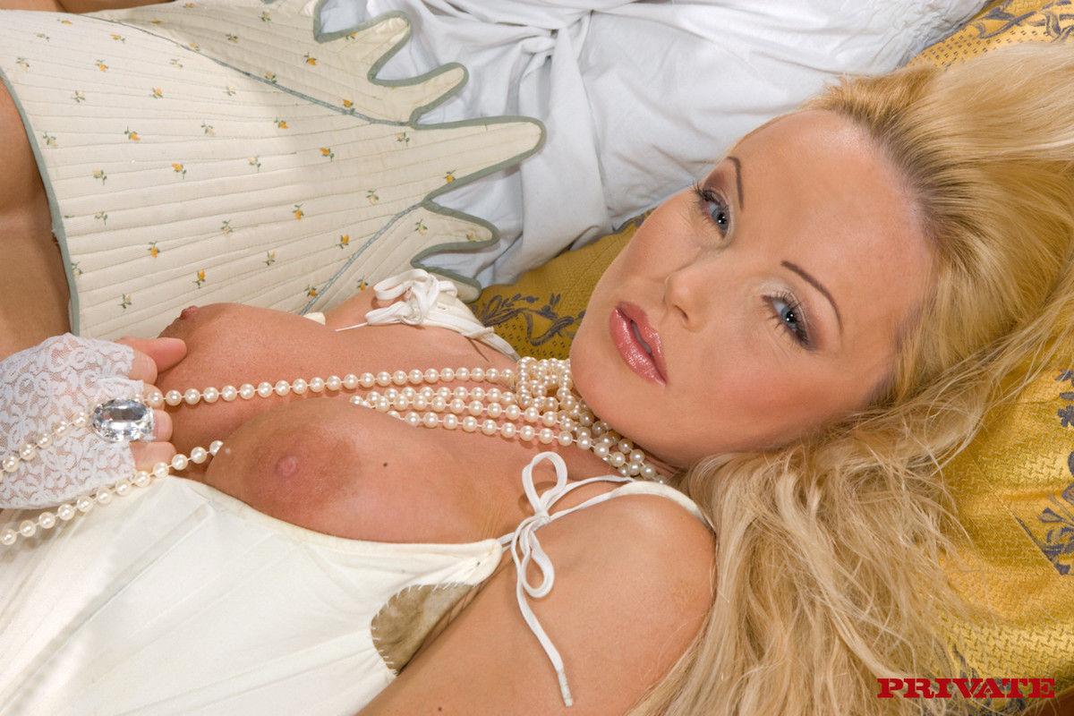 Silvia Saint - Bio, Life  Pics  The Lord Of Porn-9098