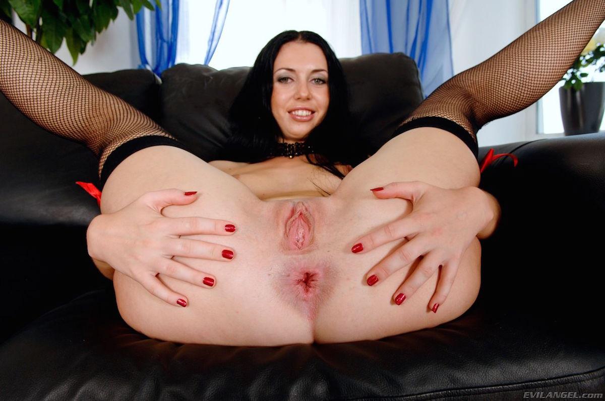 Порно фото изабелла роганова 12