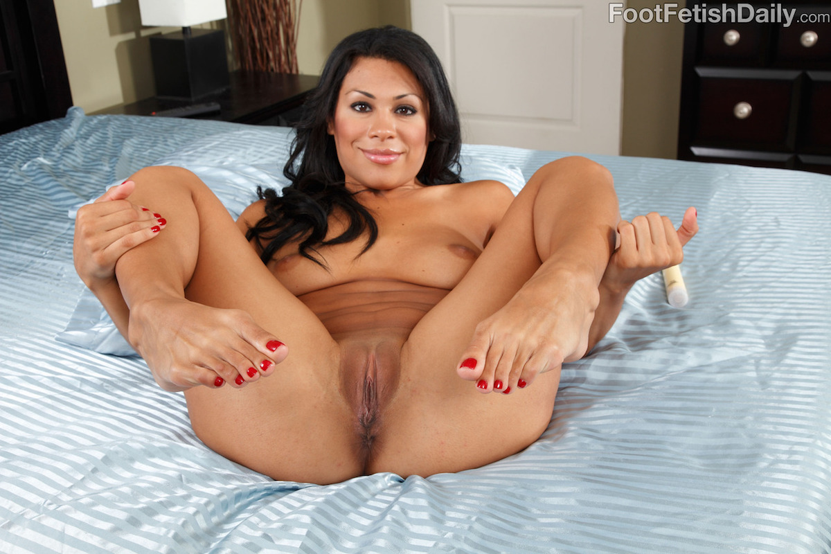 Cassandra Cruz - Bio, Life  Pics  The Lord Of Porn Stars-2100