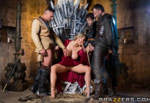 Queen of Thrones XXX 4.8