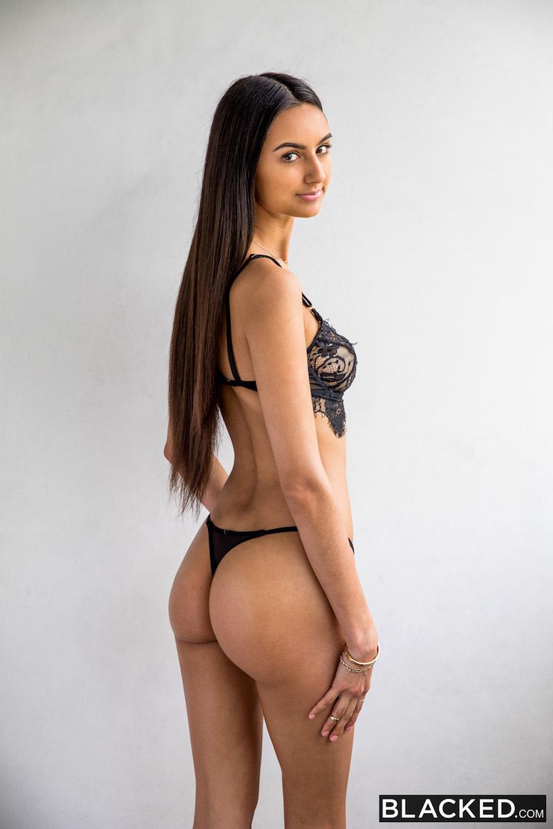Eliza Ibara