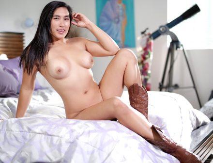 6th Grade Asian Porn - Mia Li Bio, Life & Pics - Asian Porn Star | The Lord Of Porn